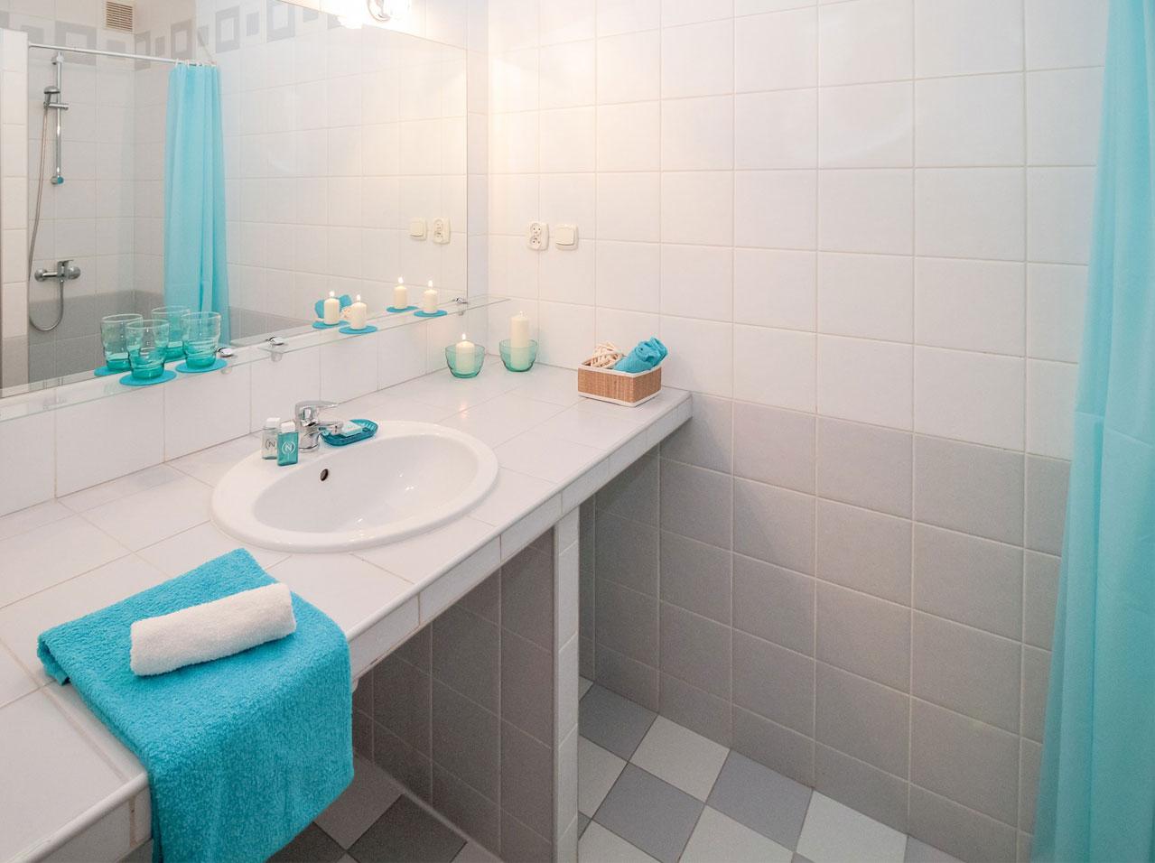 Bathroom Wall and Flooring Tiles